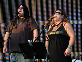 Sunshine Garcia Becker, Jeff Pehrson, Furthur - July 29, 2011